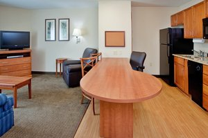 Suite - Candlewood Suites Colonial Heights