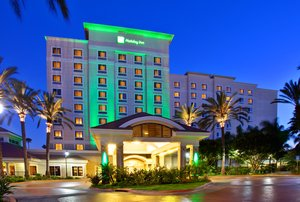 Exterior view - Holiday Inn Resort Anaheim