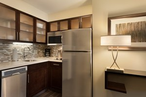 Suite - Staybridge Suites Midland