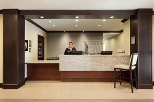 Lobby - Staybridge Suites Midland