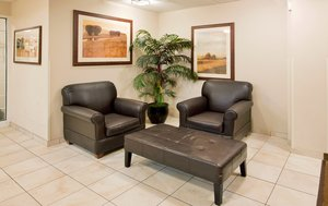 Lobby - Candlewood Suites O'Fallon