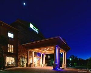 Exterior view - Holiday Inn Express Hotel & Suites Fredericksburg