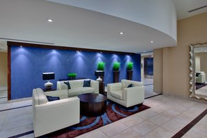 Lobby - Holiday Inn Express Hotel & Suites Chatham
