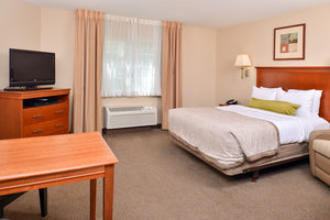 Room - Candlewood Suites River Ranch Lafayette