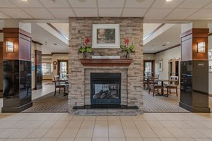 Lobby - Staybridge Suites Notre Dame South Bend