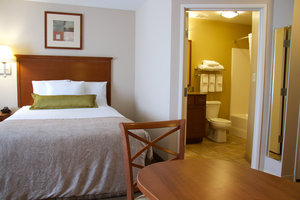 Room - Candlewood Suites Champaign