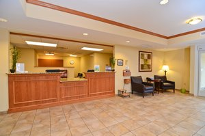 Lobby - Candlewood Suites Chambersburg