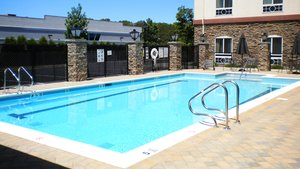 Pool - Holiday Inn Express Hotel & Suites Riverhead