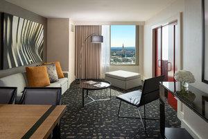 Suite - Kimpton Hotel Palomar Los Angeles
