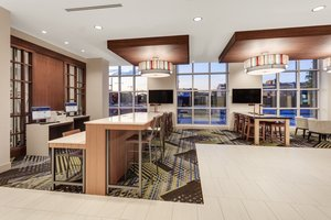 Lobby - Holiday Inn Express Hotel & Suites Downtown Ottawa