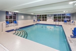 Pool - Holiday Inn Express Hotel & Suites Downtown Ottawa