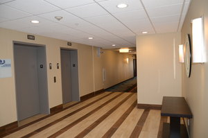 Lobby - Holiday Inn Express Northeast Cheektowaga