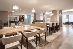 Lobby - Holiday Inn LAX Airport Los Angeles