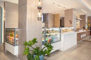 Restaurant - Holiday Inn LAX Airport Los Angeles