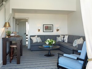 Room - Baron's Cove Inn Sag Harbor