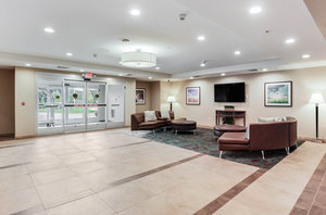 Lobby - Candlewood Suites Brighton