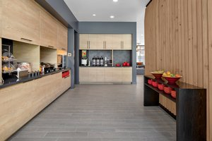 Restaurant - TownePlace Suites by Marriott Fort Collins Loveland