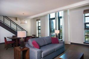 Suite - Delta Hotel by Marriott Victoria Ocean Pointe Resort
