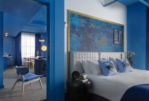 Suite - Angad Arts Hotel St Louis