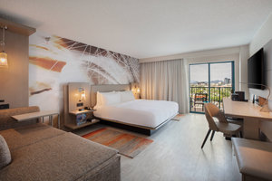 Room - Tucson Marriott University Park Hotel