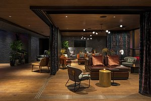 Meeting Facilities - Moxy Hotel by Marriott East Village New York