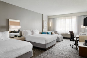 Room - Courtyard by Marriott Hotel Downtown Milwaukee