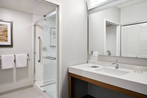 Suite - Courtyard by Marriott Hotel Downtown Milwaukee