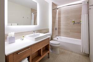 Room - Element Hotel Santa Clara