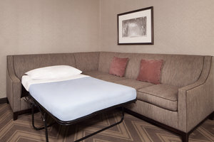Suite - Sheraton Bucks County Hotel Langhorne