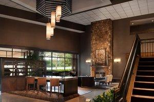 Lobby - Sheraton Bucks County Hotel Langhorne