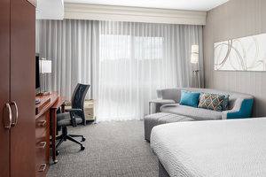 Room - Courtyard by Marriott Hotel Raleigh North