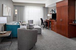 Suite - Courtyard by Marriott Hotel Raleigh North