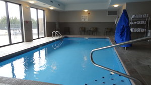 Pool - Holiday Inn Express Bonner Springs