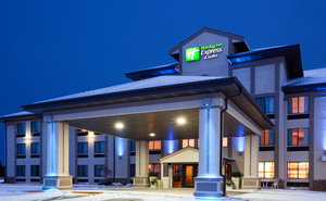 Exterior view - Holiday Inn Express Hotel & Suites Winner
