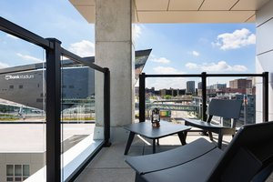 Suite - Moxy Hotel by Marriott Downtown Minneapolis