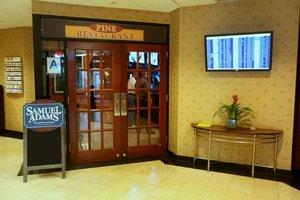Restaurant - Holiday Inn LaGuardia Airport Queens Corona
