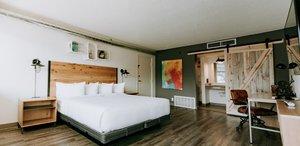 Room - SCP Hotel World Arena Colorado Springs