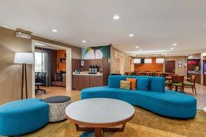 Lobby - Fairfield Inn by Marriott West Macon
