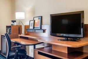 Room - Fairfield Inn by Marriott West Macon