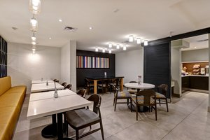 Restaurant - Holiday Inn Express Whitby
