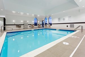 Pool - Holiday Inn Express Hotel & Suites Batavia