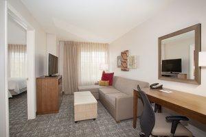 Room - Staybridge Suites Airport Denver