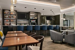 Restaurant - Crowne Plaza Hotel Valley Forge King of Prussia