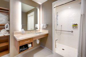 Room - Staybridge Suites I-75 Gainesville
