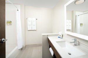 - Holiday Inn Express Hotel & Suites North Brunswick