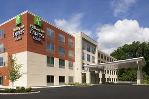 Exterior view - Holiday Inn Express Hotel & Suites North Brunswick