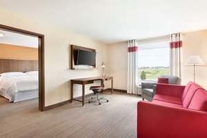 Suite - Four Points by Sheraton Hotel Fargo