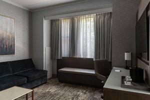 Suite - Marriott Hotel Medical District Chicago