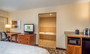 Room - Holiday Inn Convention Center Stevens Point