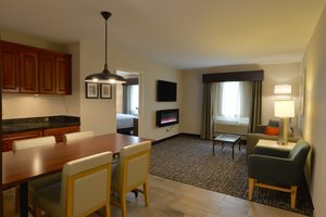 Room - Holiday Inn Hotel & Suites Lakeville